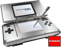 Nintendo_DS_-_Original_Grey_Model3